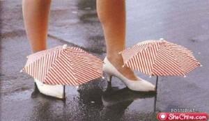 a-strange-umbrellas-2